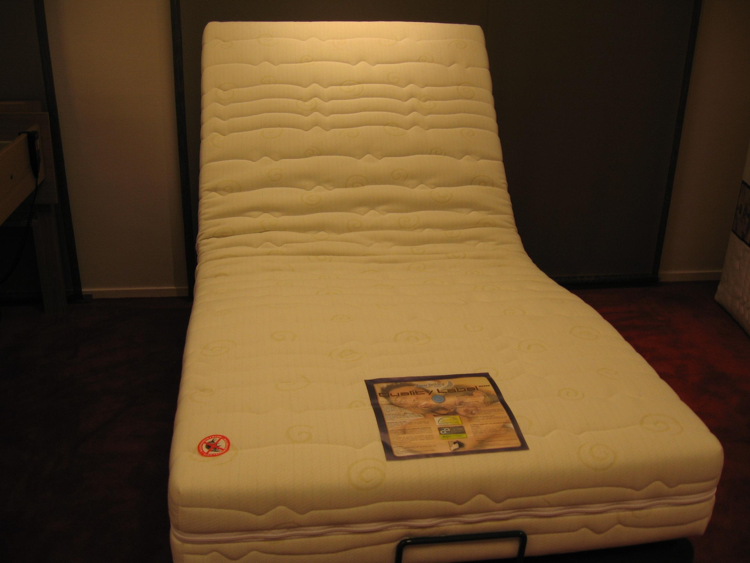 Een matras bij rugklachten opmaatslapen